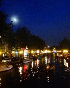 De Grachtjes by night
